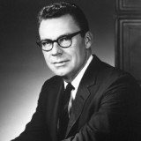 Earl Nightingale – The Strangest Secret in the World